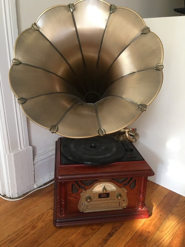Gramophone (works great)