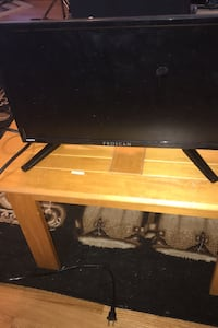 "15""tv  great for everyone or kids room. Practically new 50.00"