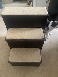 Gen7Pets Pet stairs! Great condition