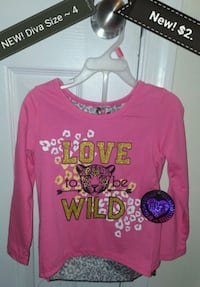 NEW! Size 4 Diva long sleeves  top ONLY $2. Newport News, 23606