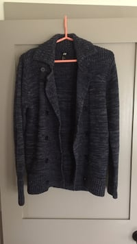 Men's size S knit sweater
