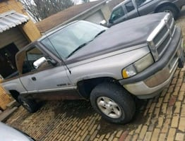 Dodge Ram Truck Parts - Full Truck Part Out
