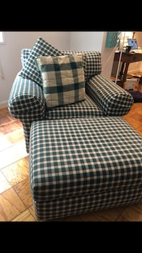 Comfortable oversized chair Alexandria, 22314