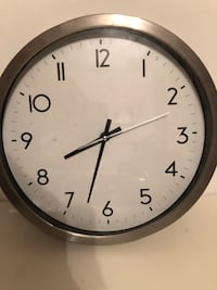Wall Clock for work, home, kid's curfews 12inch $10 Vancouver, V5R 5J4