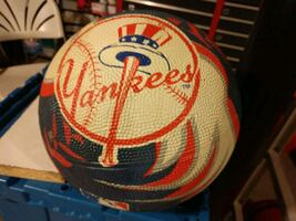 Official Yankees basketball