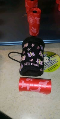 Doggy bag holder with 4 bags Butterfly and flower