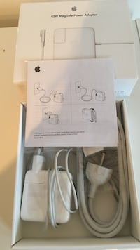 Hvit Apple MagSafe strømadapter 6244 km