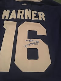 Signed manner shirts  and pictures  Vaughan, L4J 7T9