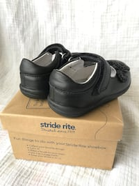 Girls shoes Stride rite(size  5.5W) Clarksville, 37043