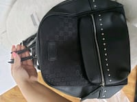 Gucci backpack with tags Markham, L3R 3E2