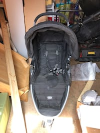 Britax stroller car seat and two bases Taneytown, 21787