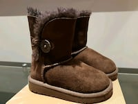 UGG Bailey Button boots Toronto, M1T 1M6