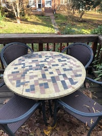 Outdoor Patio Furniture, Table and 4 chairs Arlington, 22202