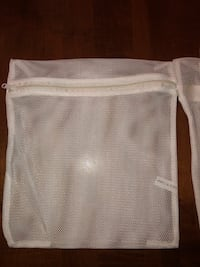 """New mesh bags with zipper -10""""x10"""" - very useful for laundry,makeup,beach,etc. 2x$1 Palmdale, 93552"""