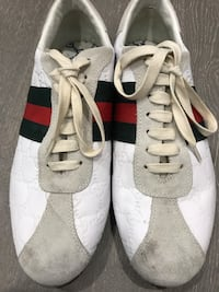 Mens gucci sneakers AUTHENTIC Burnaby, V3N 3K1
