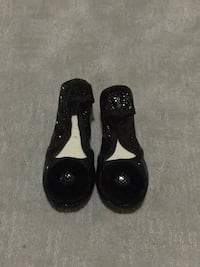 Indoor shoes or dance shoes , never worn Calgary, T3L 3E4