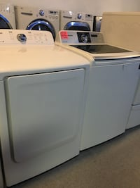 Samsung top load washer and dryer set in excellent condition  Baltimore, 21223
