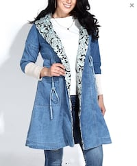 Women's denim hooded coat. New. XL St Catharines, L2R 3N2