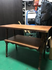 Small tv stand  Coquitlam, V3B 6Y5