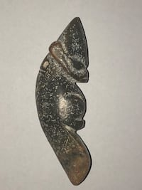 The Hongshan culture amulet pendant 47OO Bc-29OOBc,Alien, god, demon!! Ancient hand carver jade*Sun god amulet pendant 47OO Bc-29OOBc* There are tiny hieroglyphic images carved into the pendant. This is an authentic piece