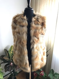 Eco Fur Jacket / FOREVER 21