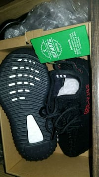 pair of black Adidas Yeezy Boost 350 V2 Toronto, M3N 2R5