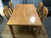 Dinning table set St Catharines, L2S 1E9