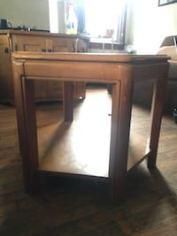 Brown wooden glass-top end table East Lansing, 48823