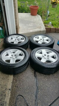 Dodge rims & tires 225/60/17 Toronto, M6L 1A4