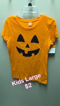 yellow and black Nike crew-neck shirt Bakersfield, 93311