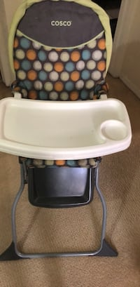Baby's white and black high chair El Paso, 79936