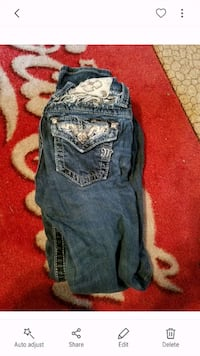 Kids size 10 miss me jeans  Gainesville, 32641