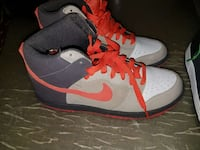 gray orange and black nike basketball shoes Silver Spring, 20903