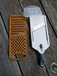 Handheld Veggie Slicer and Grater Town and Country, 63017