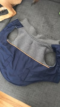 Top paw Dog vest, worn once Calgary, T3C 0A2
