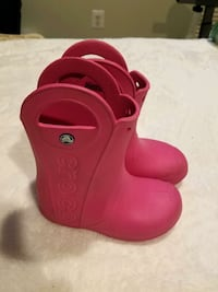 Crocs water boots size 13