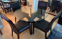 Dining table W/ 4 chairs  Woodbridge, 22192