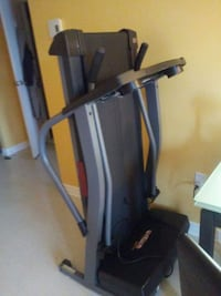 black and gray elliptical trainer Châteauguay, J6K 3W7
