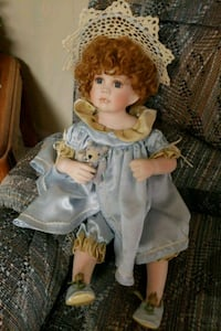 Collectors porcelain doll PG Hagerstown, 21740