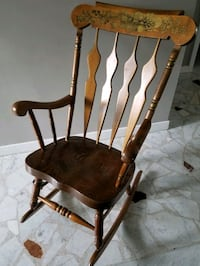 Vintage wood rocking chair Montreal, H1R 2L6