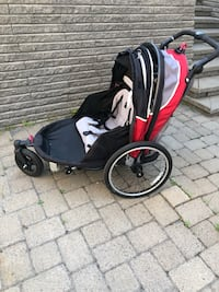 Twin jogging stroler.  Good to use for long walk   And adaptor for bicycle Montréal, H4M 2Y8