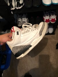 Jordan retro 3 white cement size 10 Reston, 20191