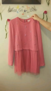 Kids pink dress Guelph, N1E 3V7