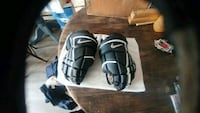 "Men's 14"" Nike Hockey gloves Port Colborne"