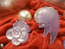 Vintage home decor holiday Christmas tree ornaments, frosted amethyst fashion ladies