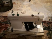 Priced to sell.....Old Kenmore sewing machine Ottawa, K1L 6V6