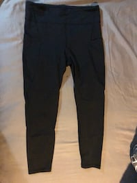 Black lululemon crop leggings  Ottawa, K2B 6J7