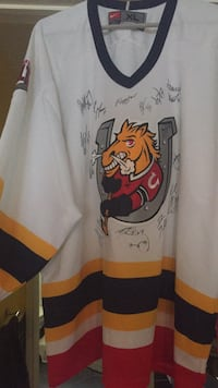 2004-05 autographed Barrie Colts Jersey size XLGreat Collectors item Christmas gift  Barrie, L4N 1G8