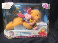 Winnie the Pooh nap & bedtime soother!  Plays a tune, sings, talks! Great for infants, babies and todlers! Mashine washable All ages!  VIEW MY OTHER ADS!!! Toronto