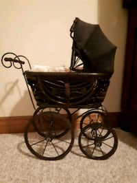 Doll Carriage, mount forest on.  Mount Forest, N0G